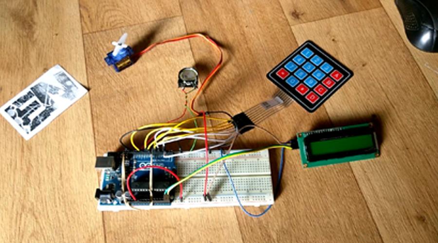 How to make Keypad door lock using arduino and servo
