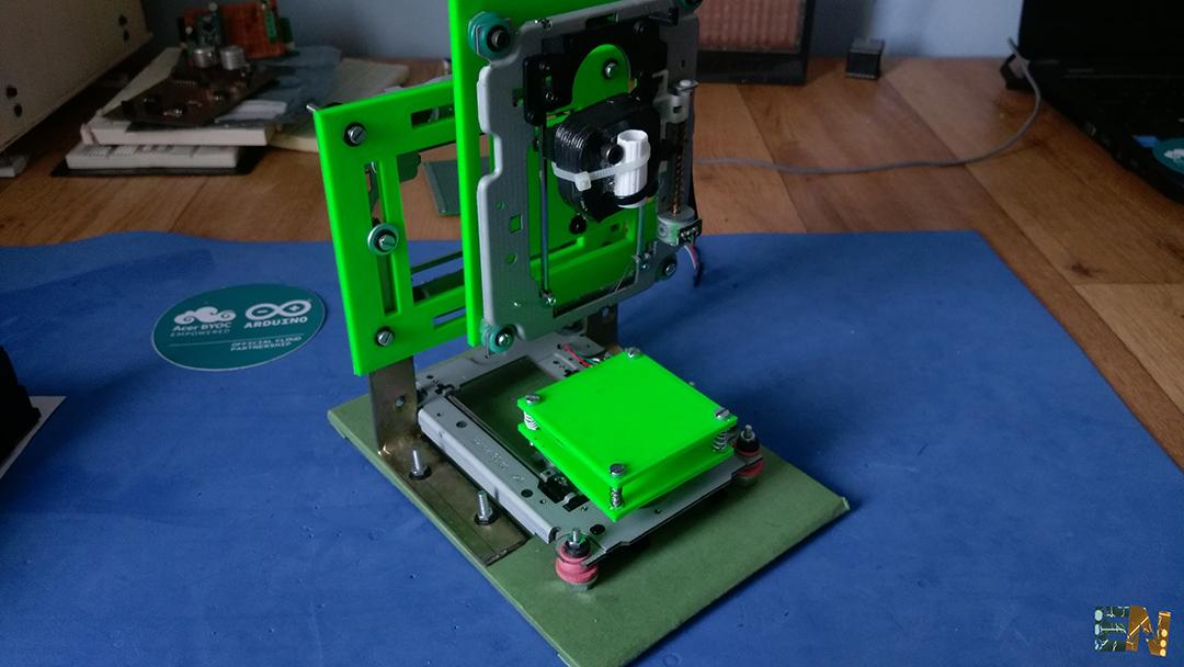 Mini CNC plotter tutorial DVD arduino how to